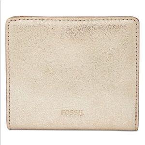 Fossil's Emma mini wallet metallic gold NWT in bag